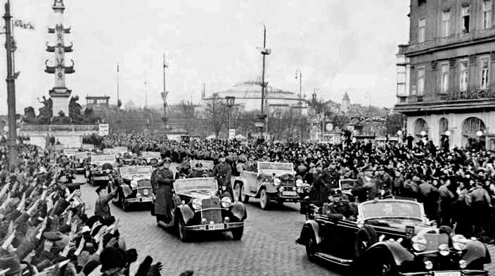 12 Marzo 1938 Alemania anexiona Austria