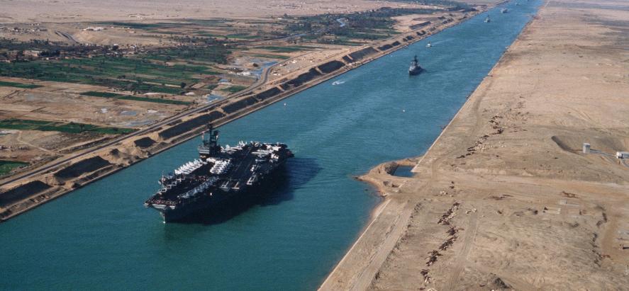 25 Abril 1859 comienza oficialmente la construcción del Canal de Suez