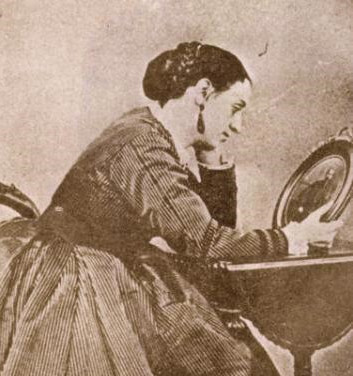 Concepción Lombardo la Primera Dama de México que decidió escribir sus memorias