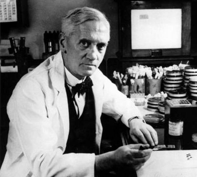 28 Septiembre 1928 Alexander Fleming descubre la Penicilina